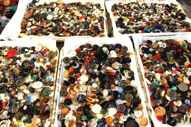 Buttons 15