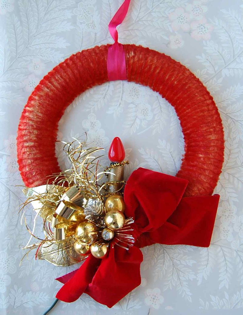 Wreath, Gold
