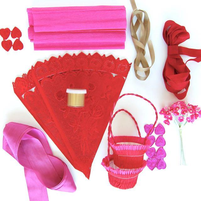 Materials Festive Gift Cone