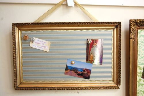 Silk Stripes Magnet Board