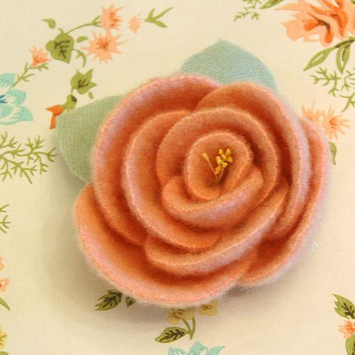 Wool Rose Pin
